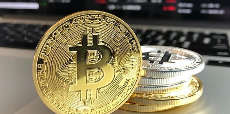site- uri de pariuri care acceptă bitcoin)